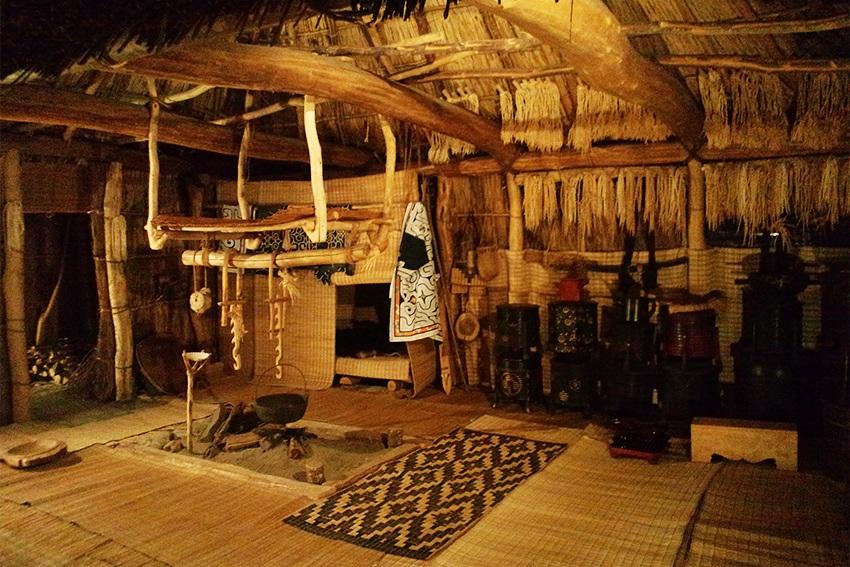 Ainu Häuser
