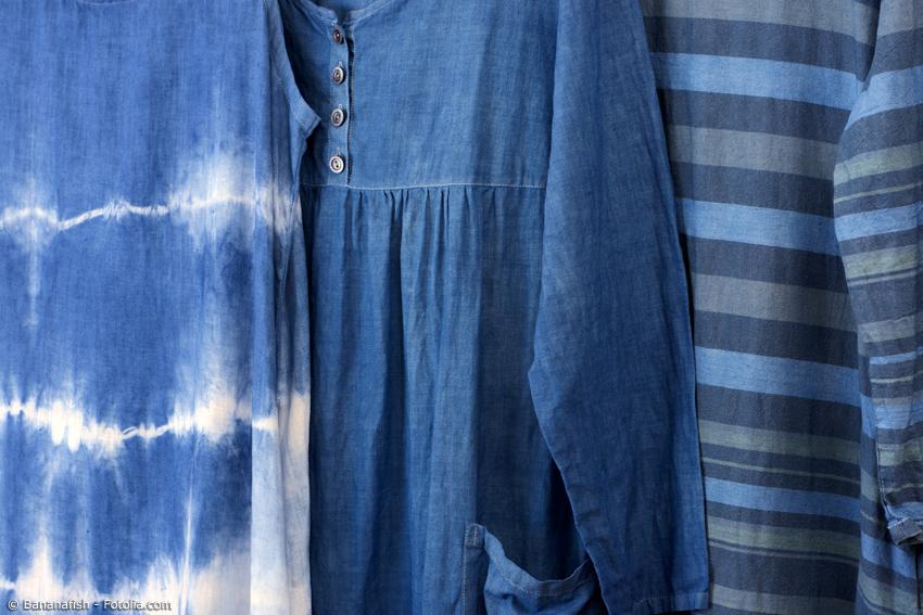 Aizome hat den Weg in die Moderne gefunden. Ob Jeans, Blusen oder sogar Seife – Japan Blue ist immer noch in.