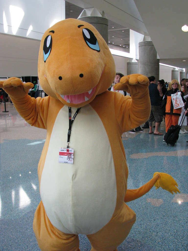 Pokemon Glumanda als Kostüm