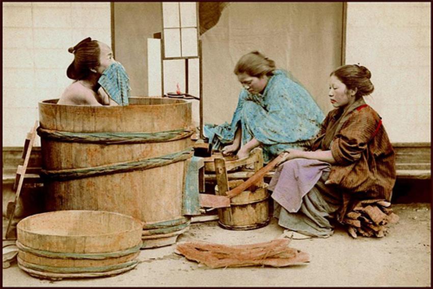 Historischer Ofuro - die japanische Badewanne