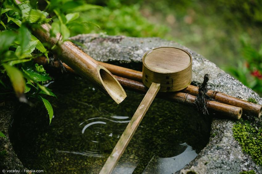 Die Rolle Der Brunnen Und Wasserspiele In Japans Gärten