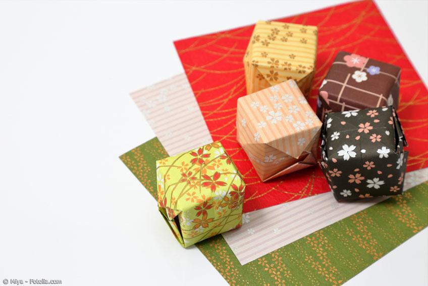 Origami Schachteln in verschiedenen Mustern