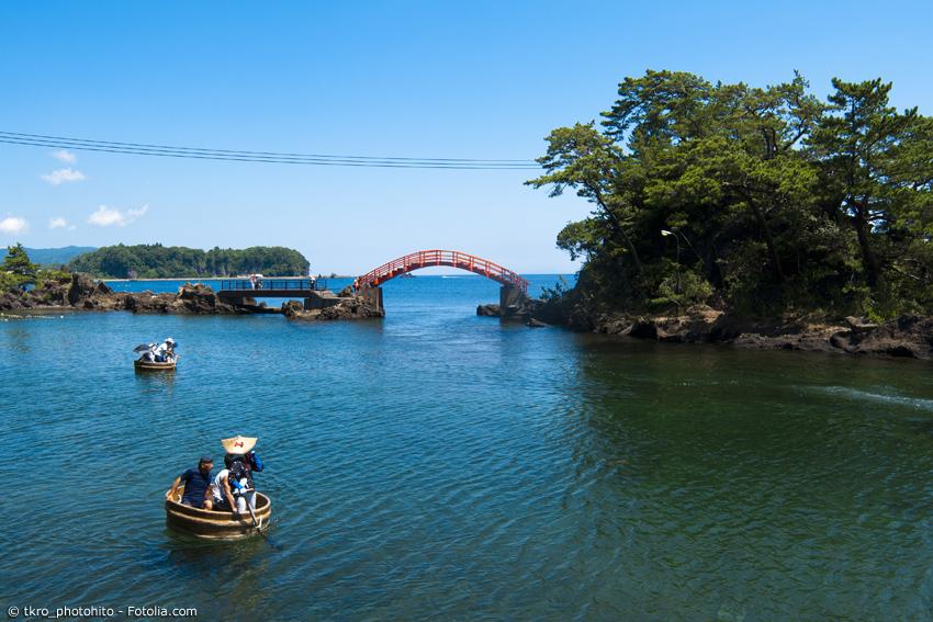 Tarai-Bune auf dem Meer vor der Insel Sado in Niigata