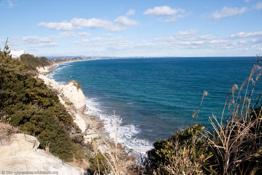 Küste von Ibaraki mit Surfstrand und Meer
