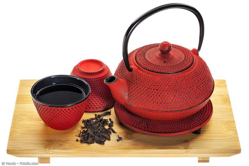 Damit sich kein Rost bildet und Sie lange Freude an Ihrem Tetsubin haben, muss der Teekessel richtig gepflegt werden. Das ist aber einfacher als man glaubt.