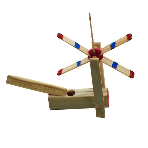 Japanische Bambuspfeifen aus Bambus sind nicht nur hübsch anzusehen, sondern eignen sich auch wunderbar als Spielzeug für kleinere Kinder.
