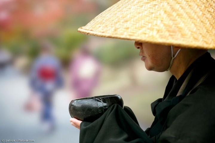 Japanischer Kegelhut aus Bambus – die ideale Kopfbedeckung für den Sommer