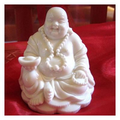 Buddha sitzend aus Porzellan