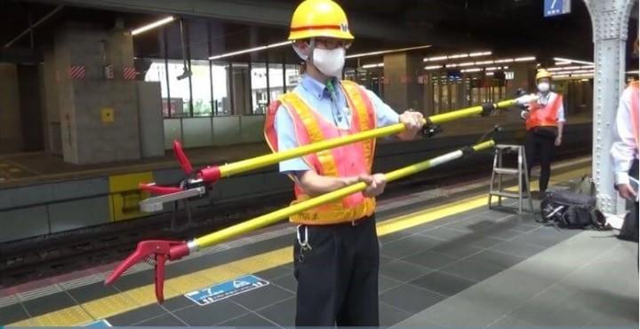 Die Japan Railway Company hat einen vielseitigen Greifarm entwickelt