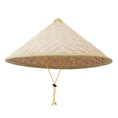 Japanischer Kegelhut aus Bambus