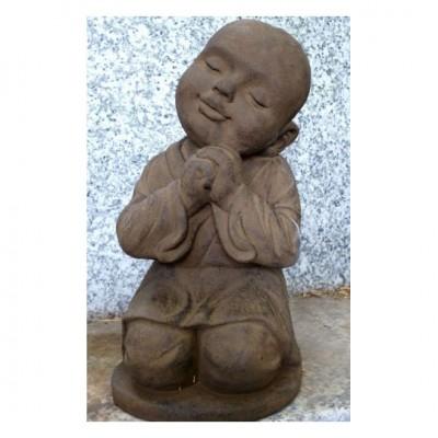 Kniender Mönch, Steinguß