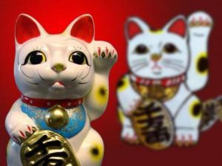 Warum winkt die japanische Glückskatze eigentlich?