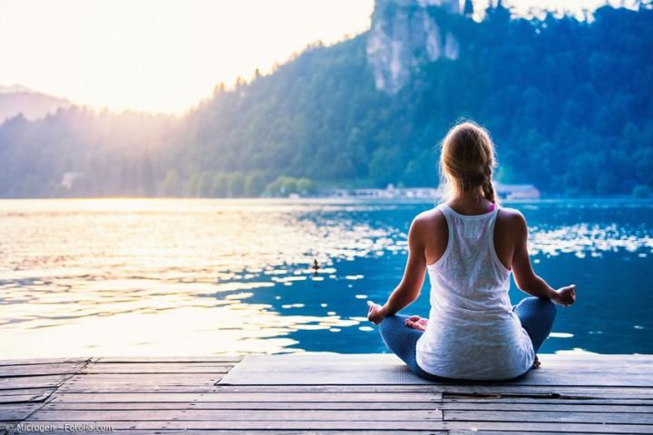 Den Kopf frei machen – mit Outdoor-Yoga in den Frühling starten
