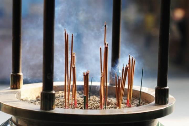Japanische Räucherstäbchen selber machen