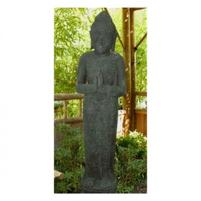 Stehender Buddha, aus Lavastein geschlagen