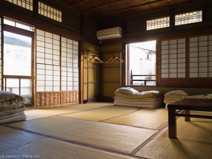 Vom Reisstroh zur fertigen Tatami-Matte