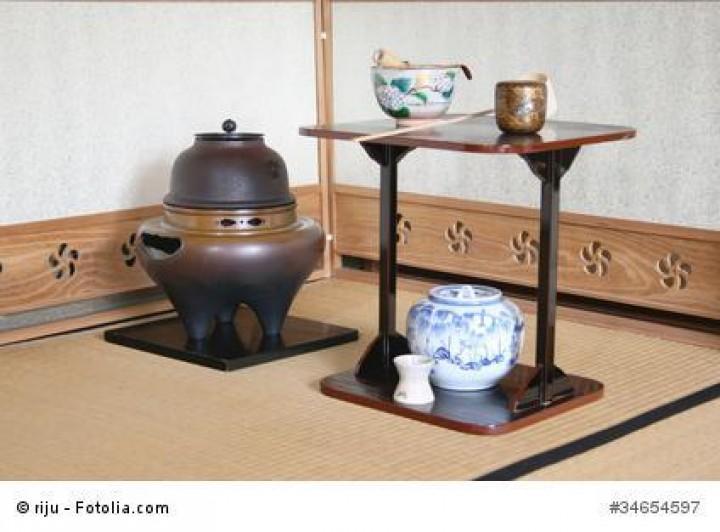 Mit dem Angebot von Japanwelt eine Teezeremonie stilecht abhalten