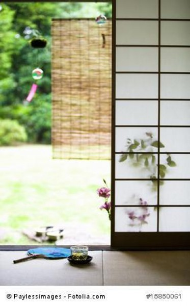 Wie Windspiele mit japanischen Flair den Garten bereichern