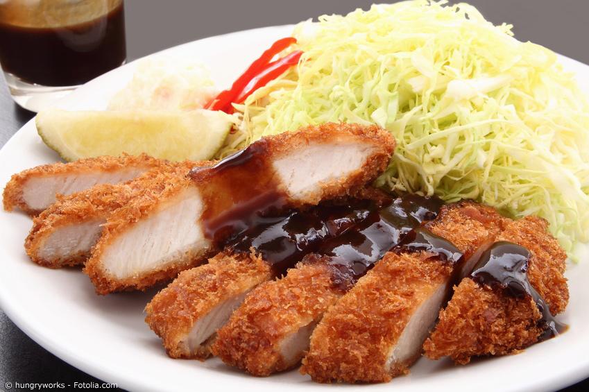 Tonkatsu Schnitzel mit dunkler Spezial-Soße