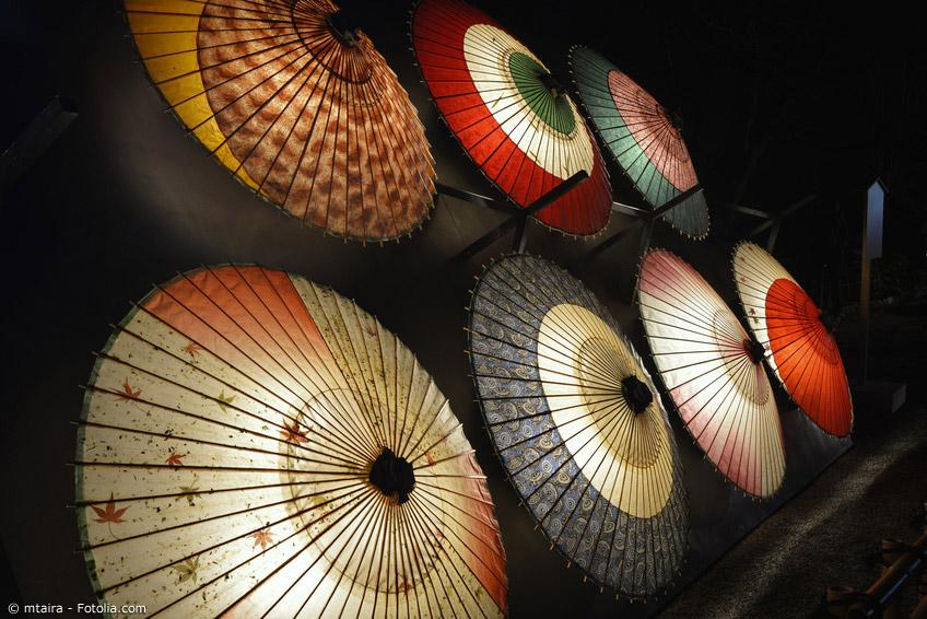 Als Wagasa bezeichnet man die typischen japanischen Schirme aus Bambus und Papier.